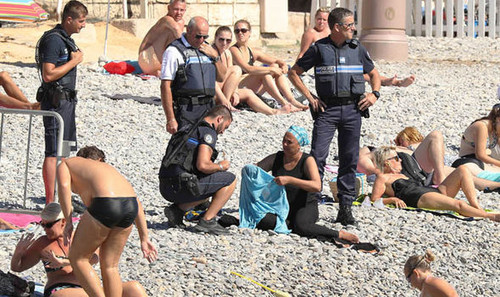 burkini-wearer-nice-beach.jpg