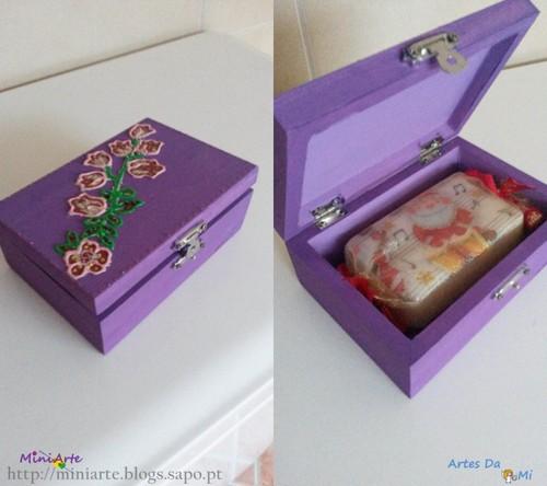 Caixa Roxa e sabonete.jpg