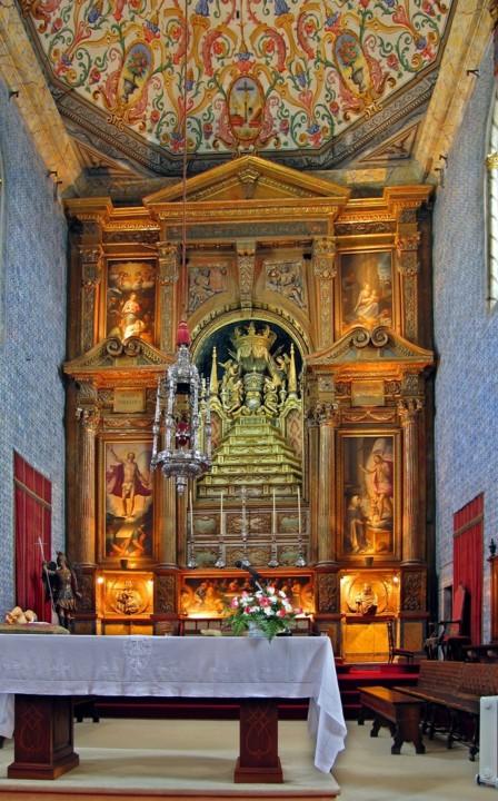 Capela da Universidade de Coimbra, altar mor.jpg