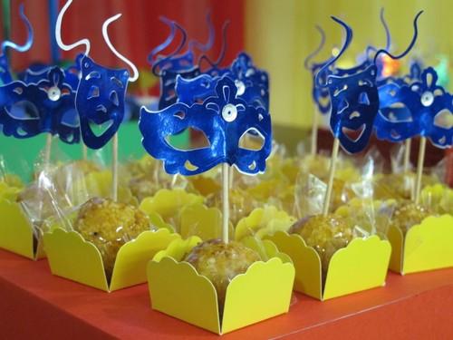 Meu-Dia-D-Chá-da-Carol-Tema-Carnaval-8.jpg