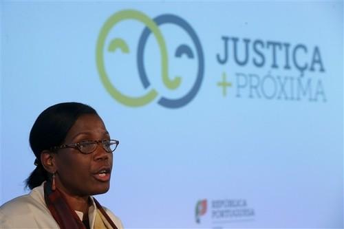 MJ-FranciscaVanDunem(Justica+Proxima).jpg