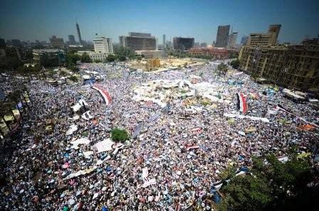 Tahrir_Square_on_July_29_2011.jpg