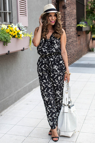 Summer-Fashion-Looks-of-the-Week-Printed-Jumpsuit.