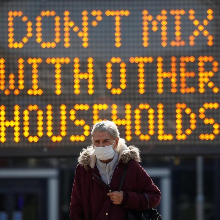 Phil Noble - Reuters.jpg