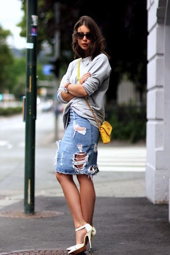 Le-Fashion-Blog-7-Ways-To-Style-A-Distressed-Denim