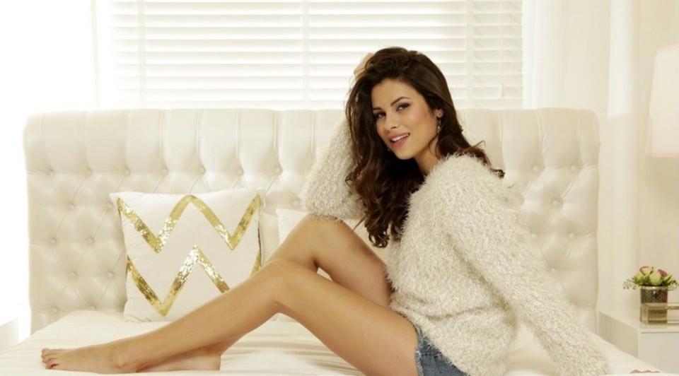 Carolina Loureiro (atriz, modelo & apresentadora).