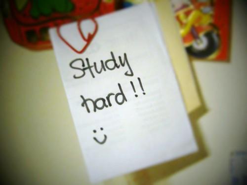 Plugga hårt? Nej, egentligen behöver du inte det. Du behöver plugga *smart*!