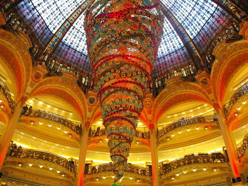 galeries-lafayette-christmas-2014-09-copyright-fre