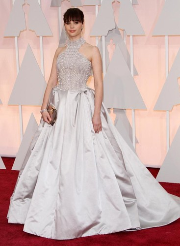 Felicity-Jones-gown-2015-Oscars-3.jpg