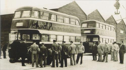 Os dois primeiros autocarros de dois pisos da frota da Carris, Lisboa,1947