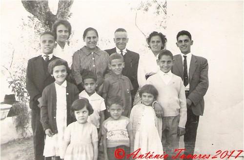 Familia anos 60 em Cardigos.jpg