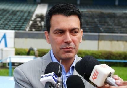 rui-costa-diretor-executivo-de-futebol-do-gremio-c