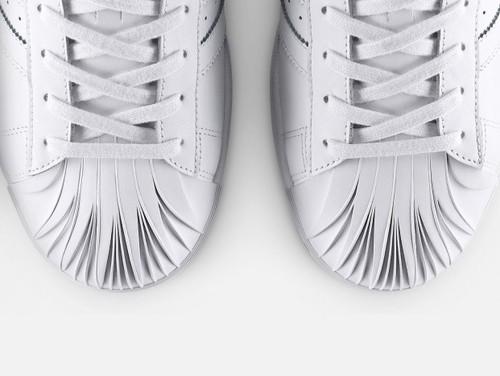 Zaha-Hadid-para-Adidas-3.jpg