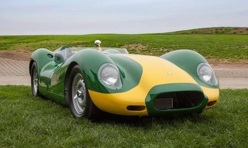 Lister-Knobbly-Stirling-Moss-9-696x497.jpg