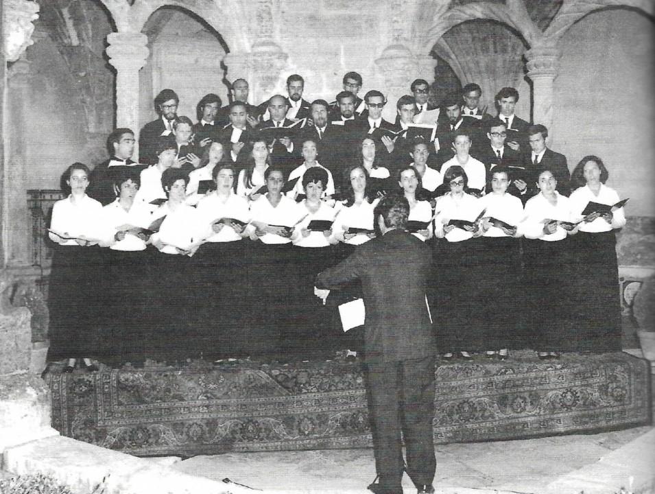 Concerto nos Claustros do Mosteiro de Santa Cruz.j