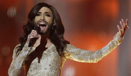 Conchita Rise Like a Phoenix Eurovisão 2014.jpg