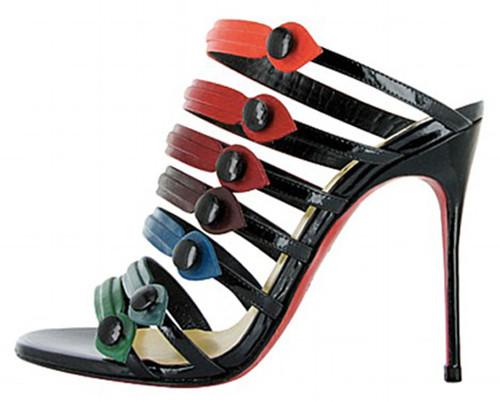 blake-lively-shoe.jpg