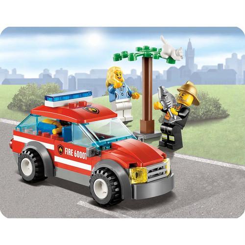 LEGO--Carro-do-Chefe-dos-Bombeiros-60001-LEGO-3127