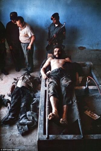 Che Guevara e a morte.jpg