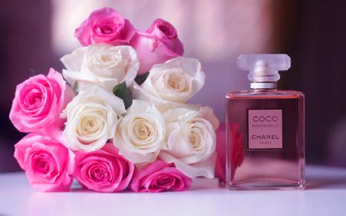 roses-chanel-perfume.jpg