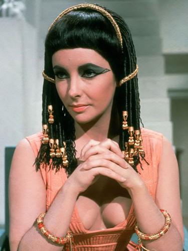 elizabeth taylor cleopatra trancinhas rastafari