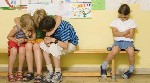 v14-acoso-escolar-evitar.jpg