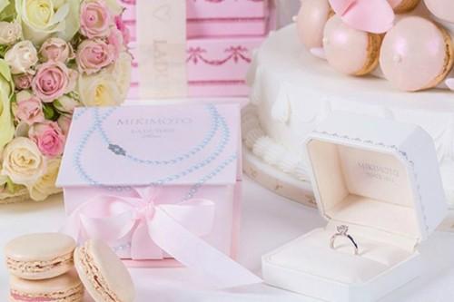 luxury-fancy-delicious-mikimoto-laduree-1.jpg