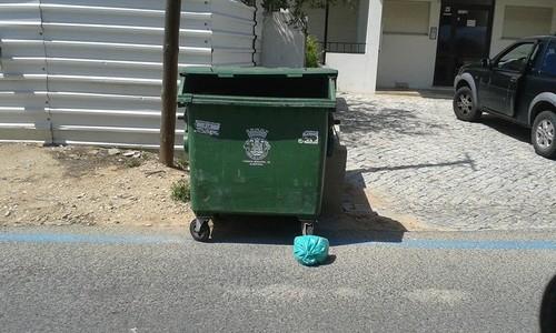 contentor lixo.jpg