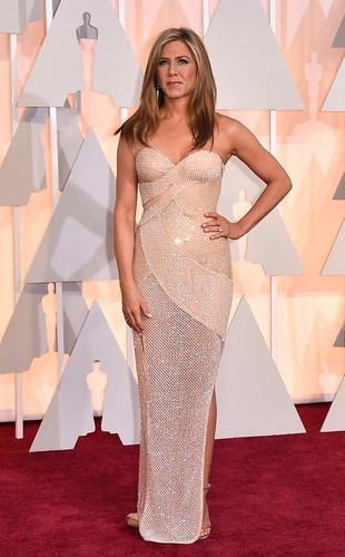 rs_634x1024-150222170638-634-jennifer-aniston-osca