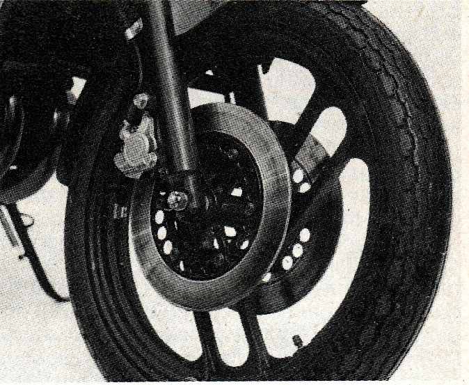 RD350_freios.jpg
