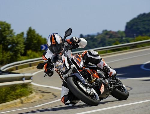 KTM 390 Duke (5).jpg