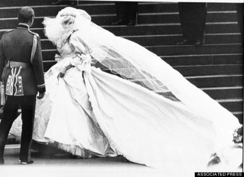 o-PRINCESS-DIANA-WEDDING-DRESS-570.jpg