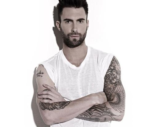Adam-Levine-02.jpg