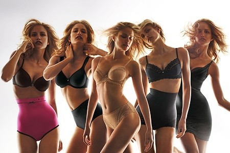 triumph-campana-shape-sensation-con-alba-carrillo-