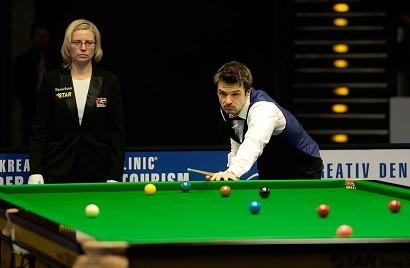 Michael_Holt_and_Maike_Kesseler_at_Snooker_German_
