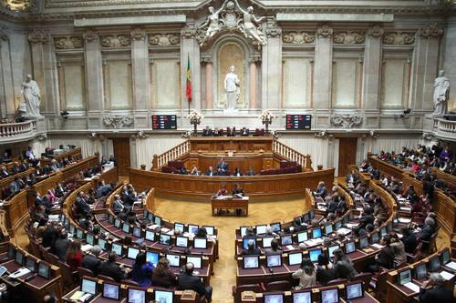 Assembleia-da-Republica.jpg