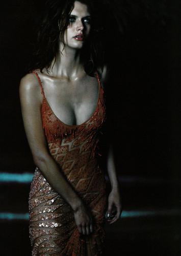 Malgosia Bela, foto de Kelly Klein_1999.jpg