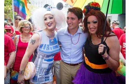 Justin Trudeau Gay Parade.jpg