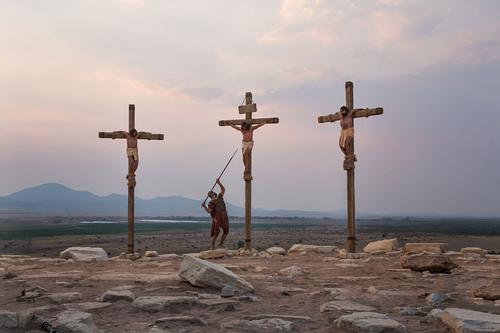 jesus-christ-on-the-cross-med.jpg