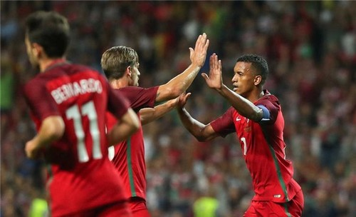 Portugal 5 - 0 Gibraltar.jpg