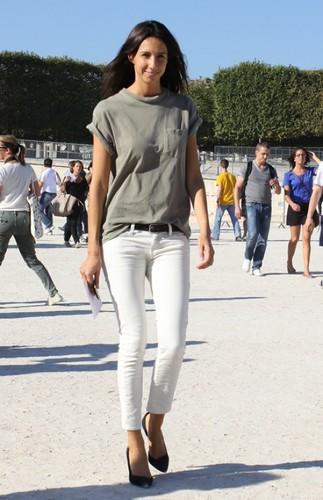 geraldine_saglio_white_jeans_t.jpeg