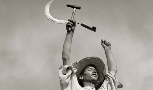 EL MARTILLO Y LA HOZ. Campesino extremeño en el v