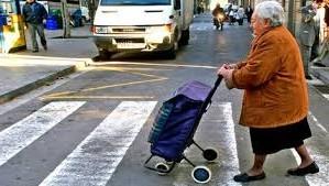 Transito idosos.jpg