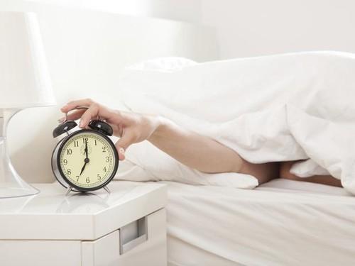 sonhar-com-despertador.jpg