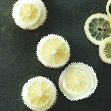 Cupcakes de Limão.JPG