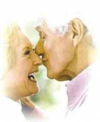 beijo idosos.jpg