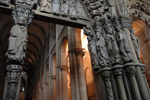 Interior_Catedral_Santiago_de_Compostela.jpg