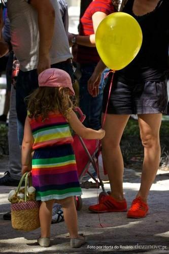 Crianças arco-íris.jpg