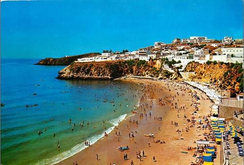 praia peneco_toldos.jpg