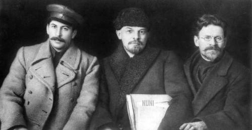 Stalin-Lenin-Trotsky-1919.jpg